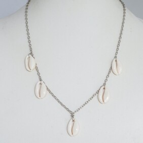 Cowrie 5 Piece Necklace