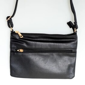 Black Reggie Zip Pocket Handy Bag