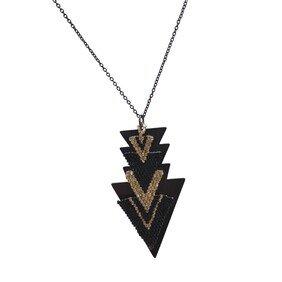 Le Fleche Yellow Gold Black - Necklace